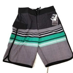 Boardshorts Perfect for Summer                030